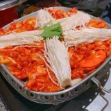 お客様みんなで韓国料理♪
